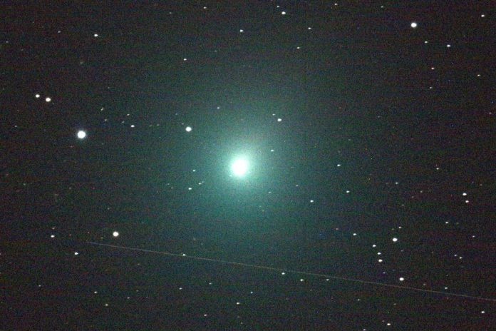 Night Sky Will Come Alive When 'Christmas Comet' Streaks By Earth