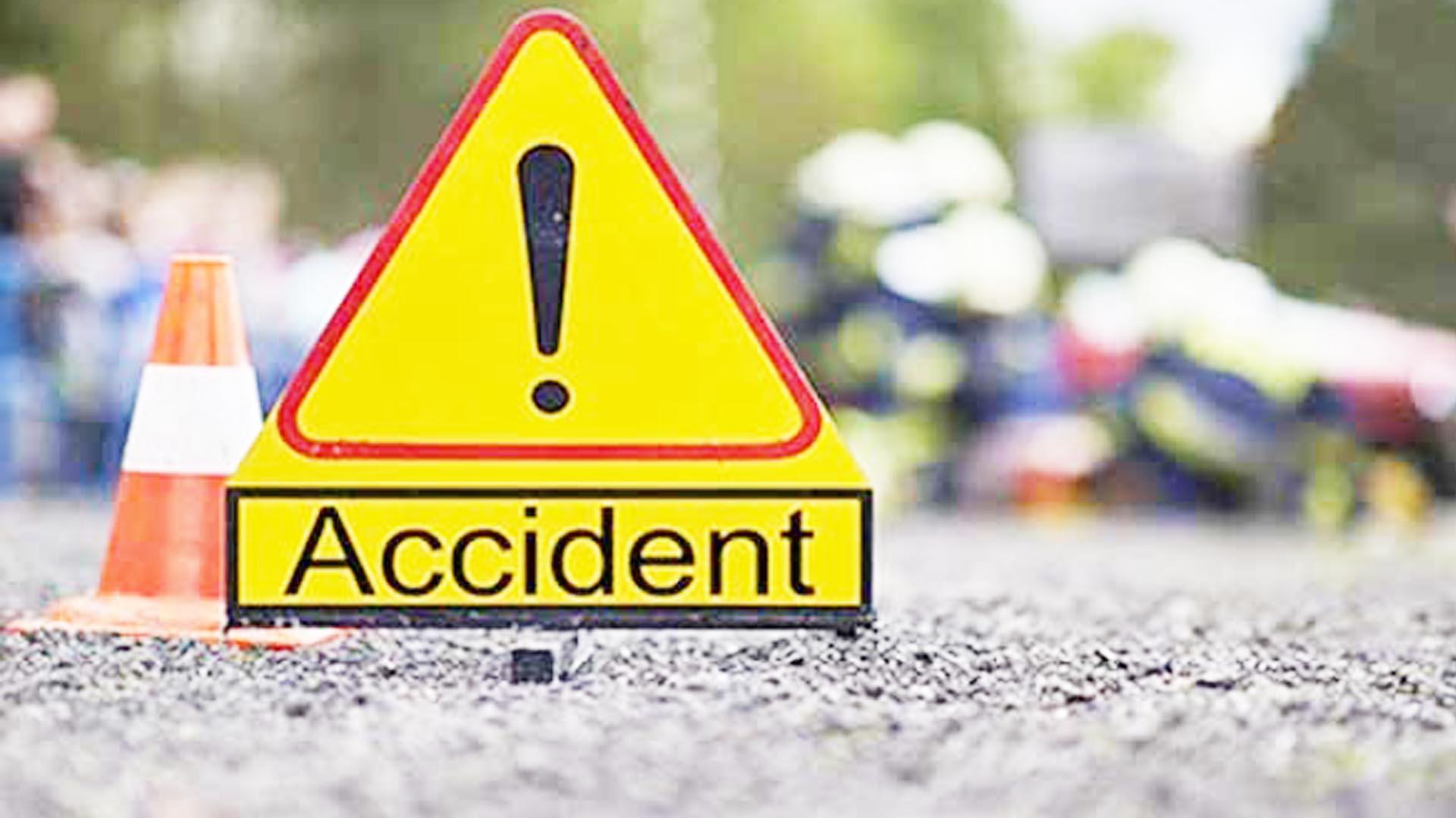 Pregnant woman dies, husband critical in road mishap in Odisha