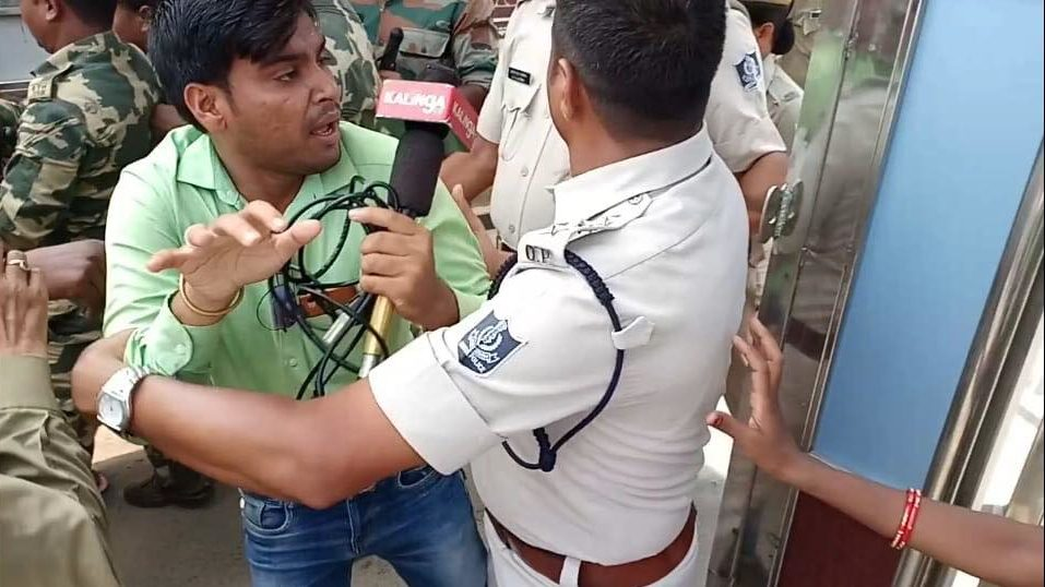 Journo manhandled