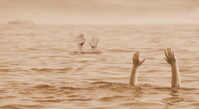 drowning_3