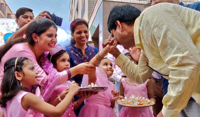 samir dash with delhi students