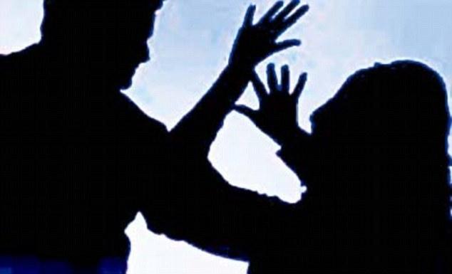 woman slapped to detah