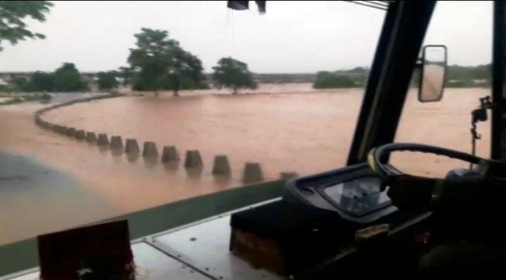 flash floods3