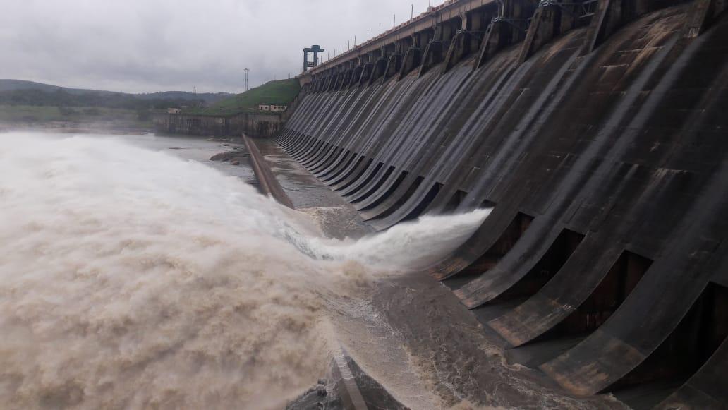 hirakud dam water release