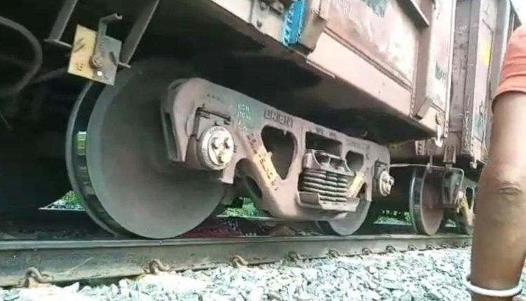 sonepur-goods-train-accident