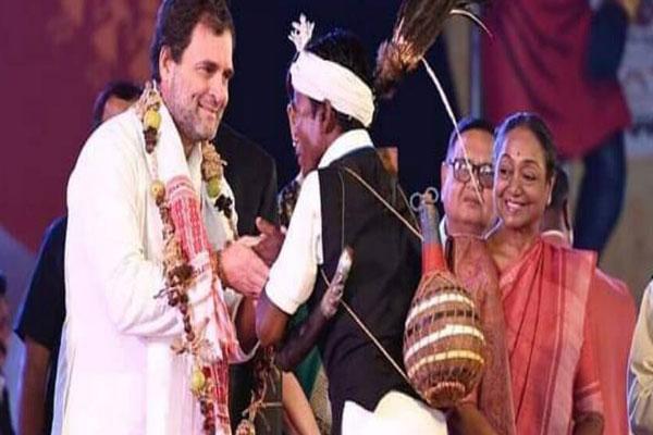 Rahul-Gandhi-kicks-off-raip