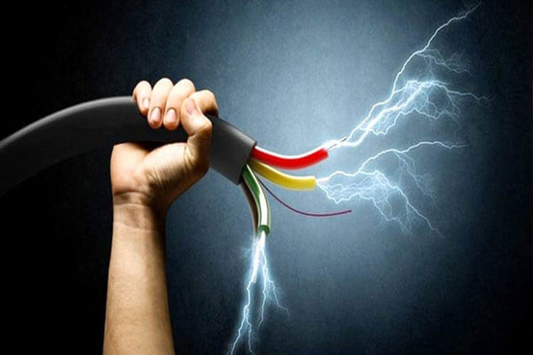 Cuttack-youth-electrocuted