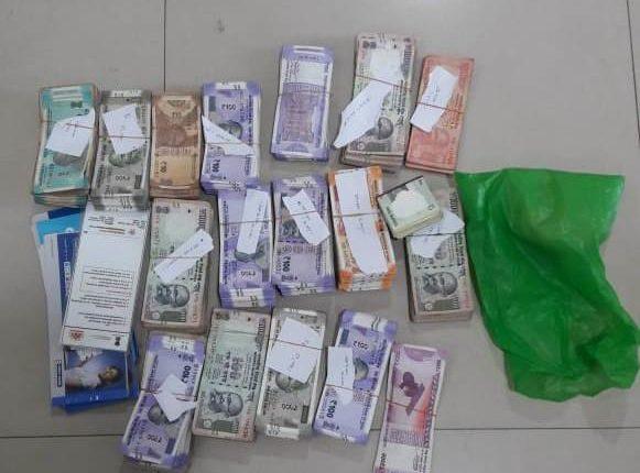 drug pedddlers arrested
