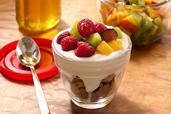 Fruits-and-yogurt