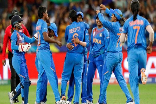 India-enters-semi-finals-in