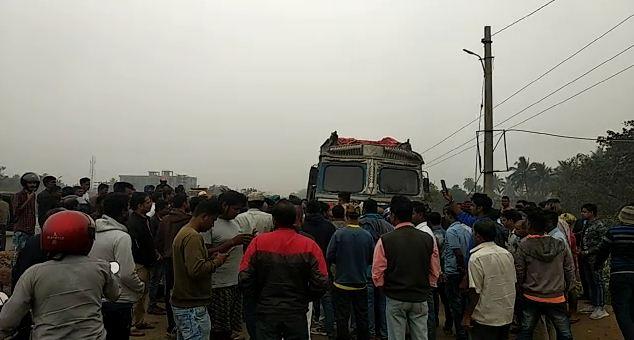 bhadrak truck bike accident