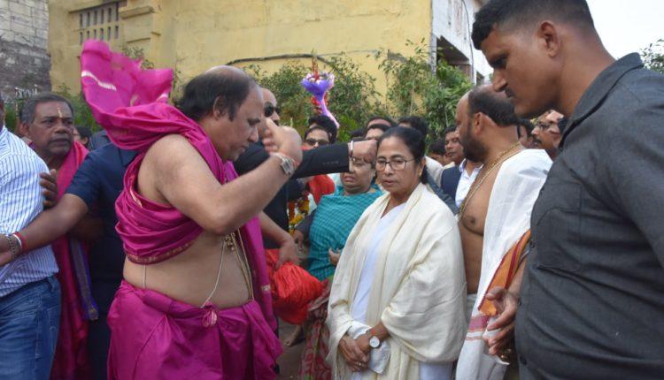 mamata at Srimandir