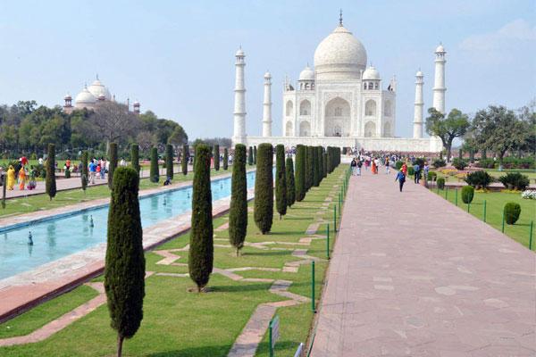 Taj–Mahal