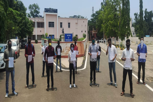 BJB-College-students