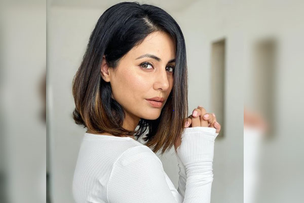 Hina-Khan