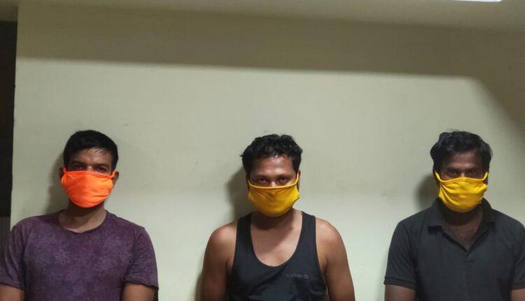looters in BHubaneswar