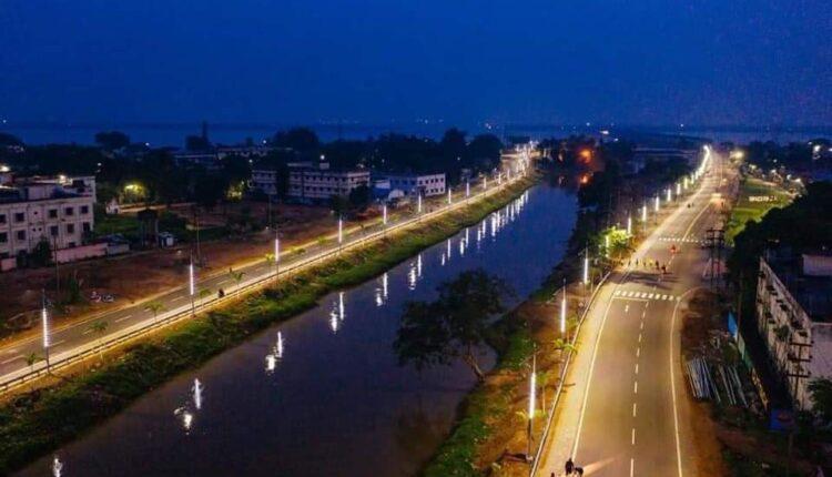 Taladanda canal road 1 (1)