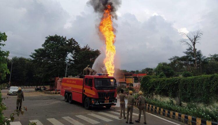 raj bhawan fire