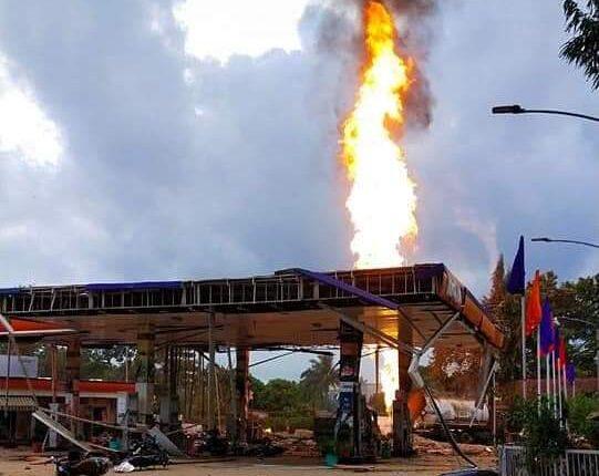 raj bhawan petrol pump fire