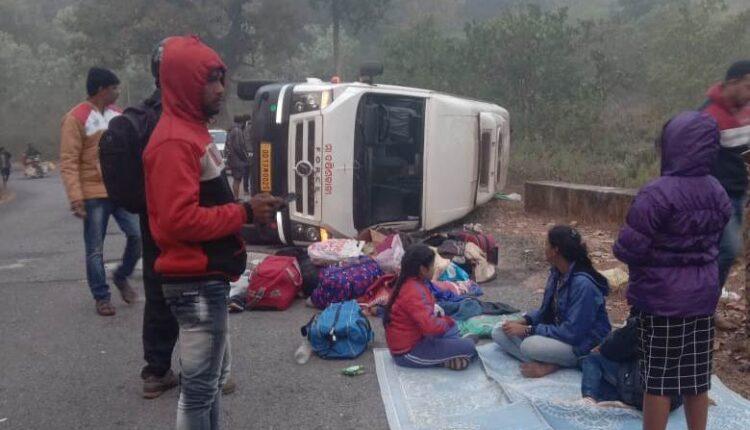 bus accident pic