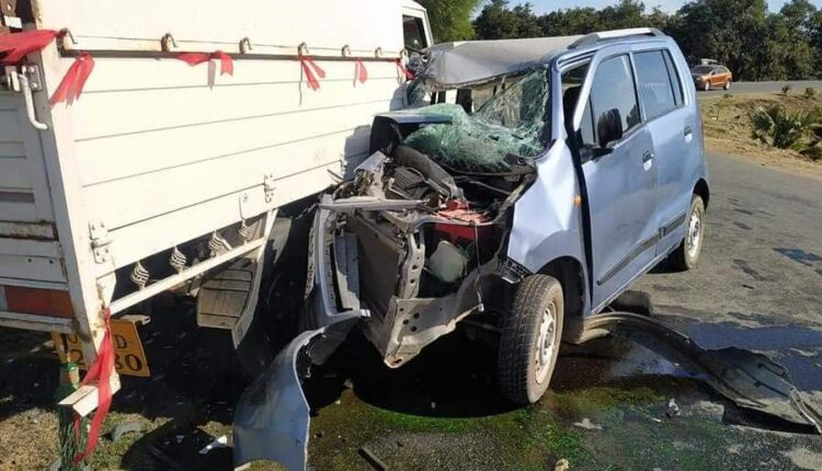 road mishap_bank manager killed
