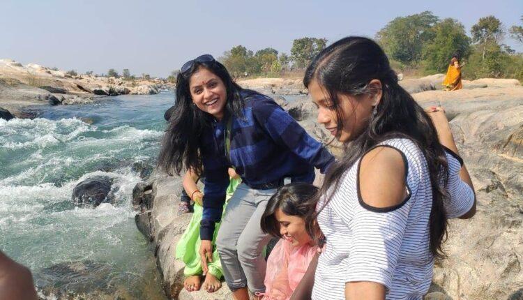 sundargarh woman drowning