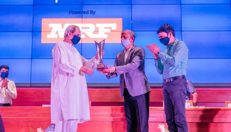 CM Naveen at SPortstar award