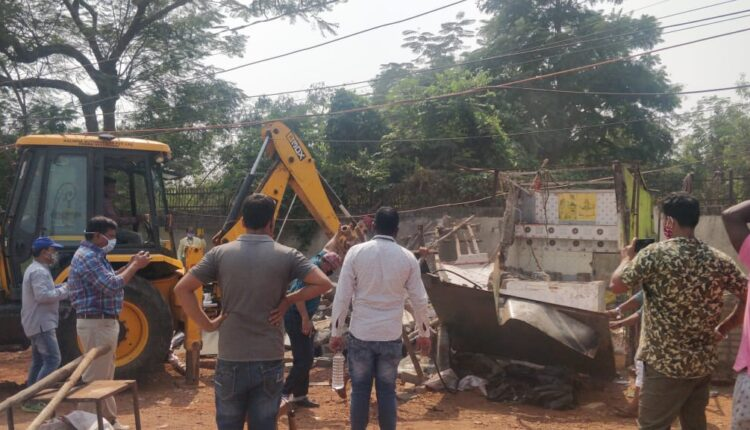 eviction for cultural corridor