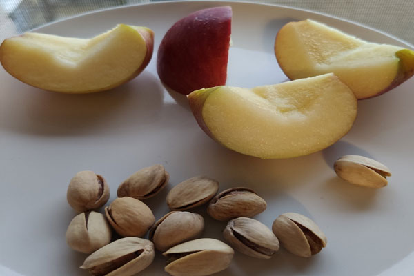 apple-and-pistachios