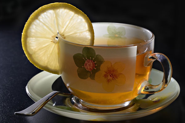 green-tea-with-lemon
