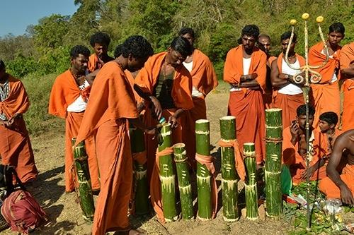 Doc dances to woo Kerala tribal's to take Covid vax.(credit:Kerala Govt)