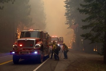 California's Caldor wildfire grows 10 times in size in 48 hrs.(pic credit: https://mobile.twitter.com/CALFIRECZU)