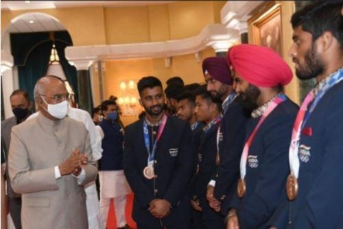 President meets Olympians