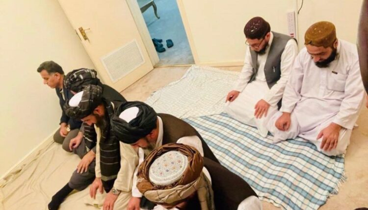 Visuals emerge of ISI chief praying with Taliban