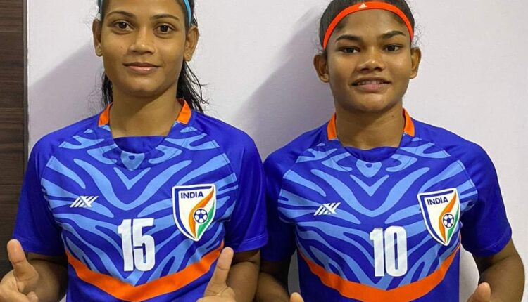 Pyari and Manasi